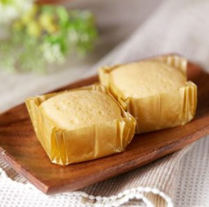 コンビニスイーツ・ローソン プロテイン入りチーズ蒸しケーキ